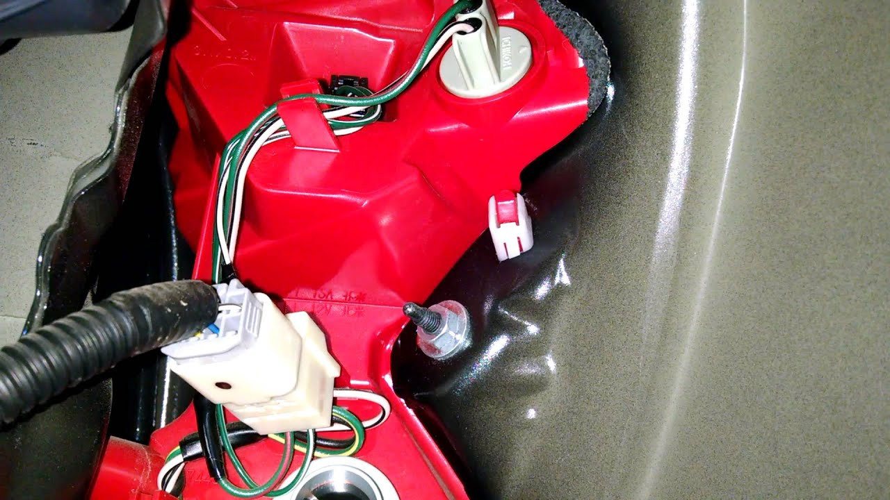 reverse light wiring diagram jeep wrangler tj easy! toyota rav4 2006-2012 brake (tail) replacement - youtube