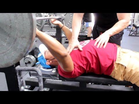 BUILDING A BIGGER BENCH PRESS: Shoulder Retraction, Back Tightness & Leg Drive
