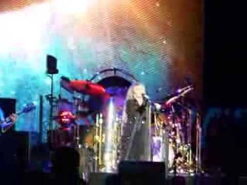 "Fleetwood Mac , ""Rhiannon"""