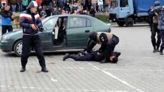 """Luare de ostatici și capturare dealer droguri - Jandarmeria la """"Școala altfel"""" - Sighișoara 2015"""