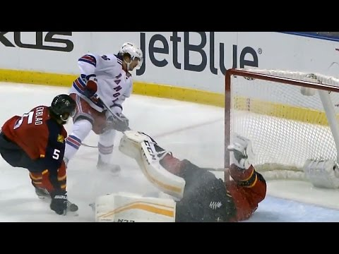 Zuccarello jukes Luongo for breakaway beauty