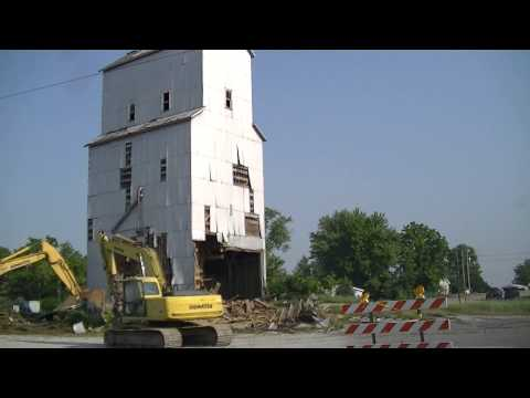 grain-elevator-demolition