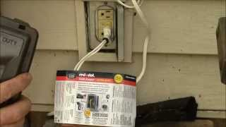 In-Use Outlet Cover