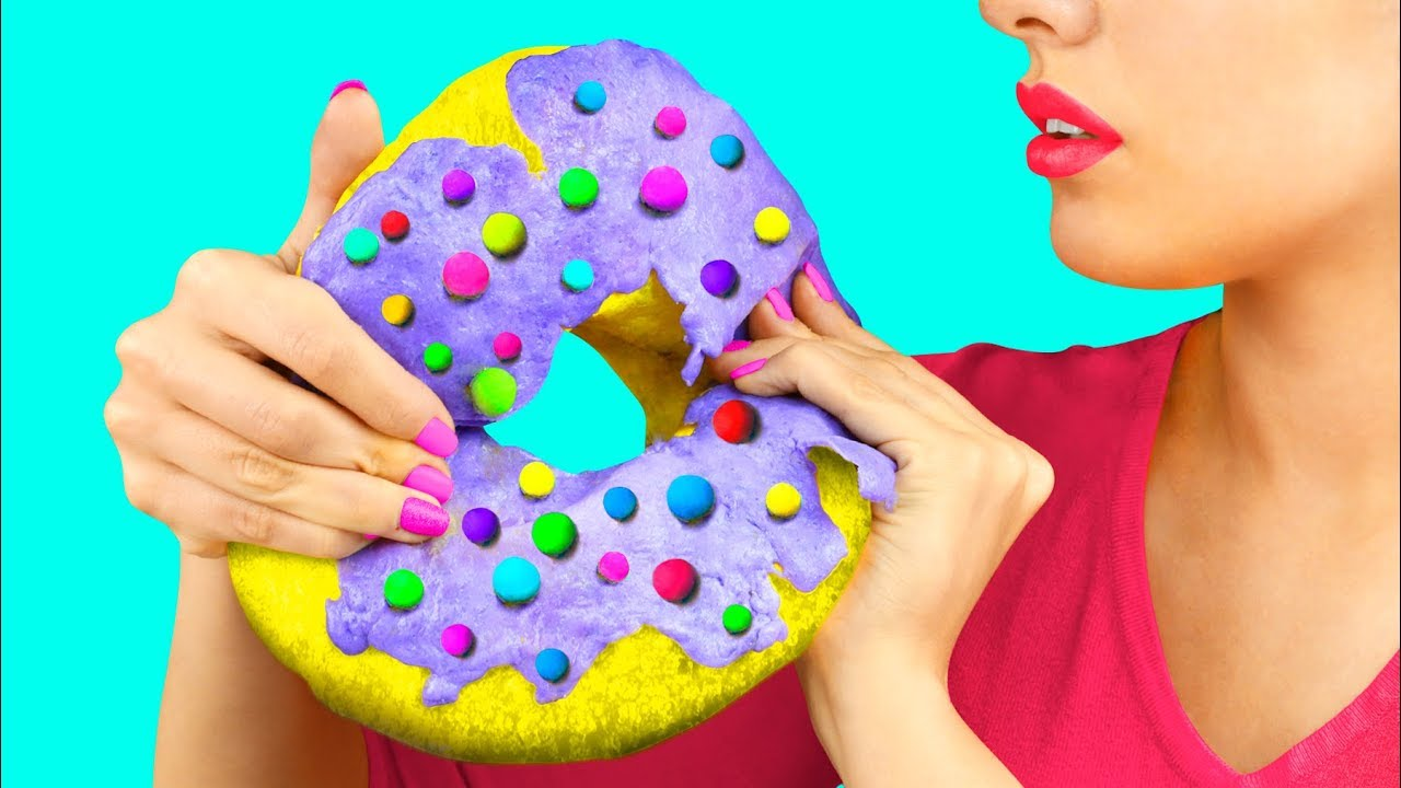 DIY Giant Squishy / 11 Giant vs Miniature Stress Relievers Recipes