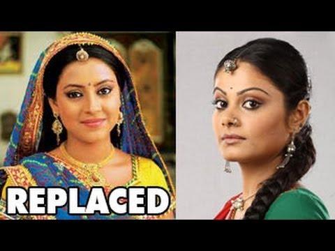 Pratyusha Banerjee aka Anandi REPLACED in Balika Vadhu ...