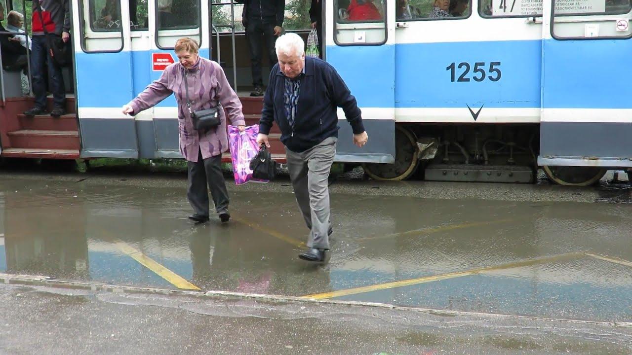 Пусть бегут неуклюже пешеходы по лужам поздравления фото 470