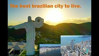 Balneário Camboriú cidade com melhor qualidade de vida no brasil/ The best brazilian city to live.