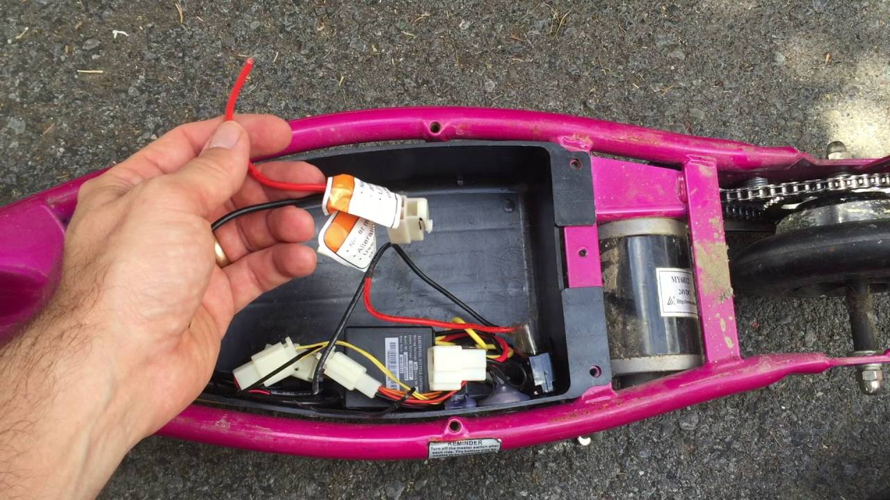 medium resolution of how to change razor e100 scooter batteries