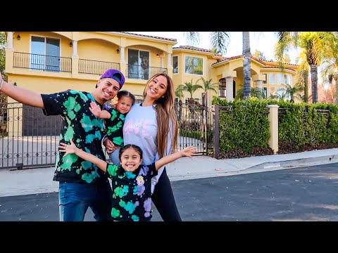 WHO WANTS TO BUY THE OLD ACE FAMILY HOUSE!?!? - The ACE Family