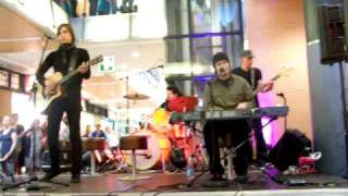 Happoradio - Puhu Äänellä Jonka Kuulen (acoustic)
