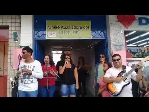 Claudete Xavier Canta Com Alessandra Paiva Vocalista Da Banda Cabra Cega