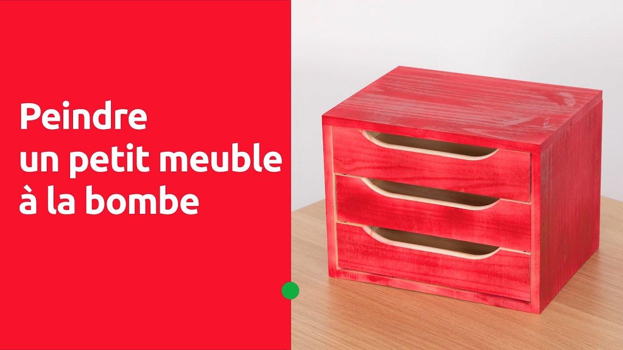 Peindre un petit meuble la bombe a rosol youtube - Peindre meuble bombe ...