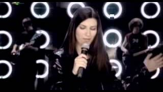 Watch Laura Pausini Un Error De Los Grandes video