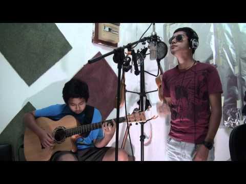 I Stalk Your Profile (Acoustic) - Jaz & Aziz Harun