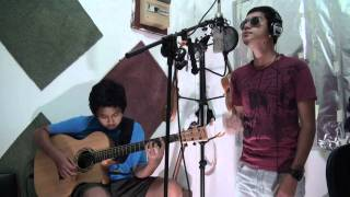 I Stalk Your Profile (Acoustic) - Jazz Hayat & Aziz Harun