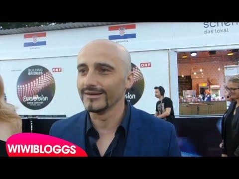 Eurovision 2015 red carpet: Voltaj (Romania 2015) interview | wiwibloggs