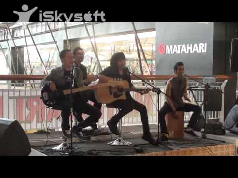 AEROB BAND Rasakan, Dengarkan (Unplugged) @Kalibata Mall