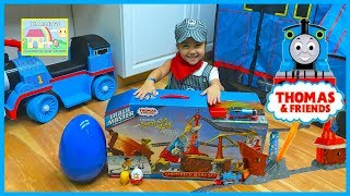 Awesome Thomas Trackmaster Train Set - Shipwreck Rails w/ Egg Surprise Toys!