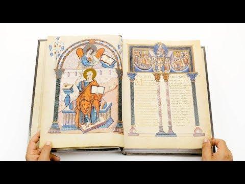 Lorsch Gospels - Leafing through the facsimile edition