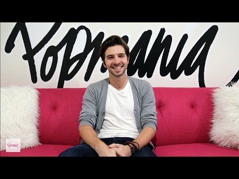 Roberto Aguire Dishes ALL About His PLL Costars
