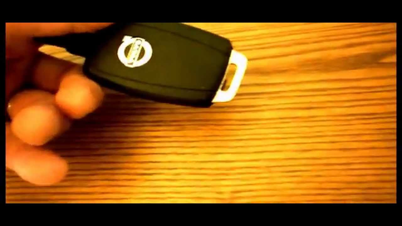 VOLVO C30 C70 S40 V50 2008-2011 CENTRAL LOCKING, ALARM, REMOTE CONTROL KEY FOB - YouTube