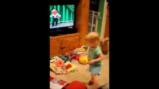 Madelyn Sakers - Flamenco dance with Elmo