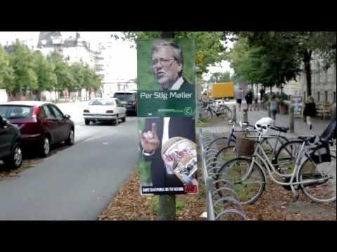 Alis - Valgplakat Skate Attack (Election Poster Skate Attack)