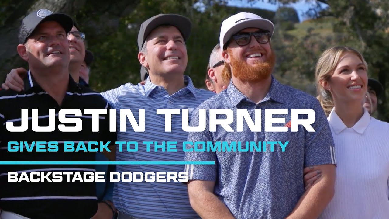Justin Turner Gives to the Community - Backstage Dodgers Season 7 (2020)