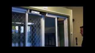 Переделываем обычную раздвижную дверь в автоматическую за 20 мин DOORMaster