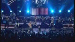 Wisin y Yandel - Sexy movimiento (live in choliseo)