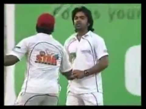 Simbu Got Angry In The Ground With Santhanu In Cricket Match