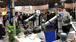 ANA Holdings Inc.'s avatar-in is demonstrated at CEATEC 2019 (part 3 of 3) [RAW VIDEO]