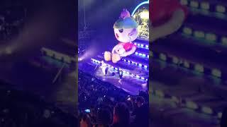 J Balvin ft. Marciano Cantero  - UN PESO - Buenos Aires Arena