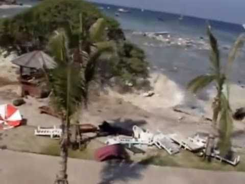 Boxing Day Tsunami in Thailand unedited full footage shot at Racha Resort