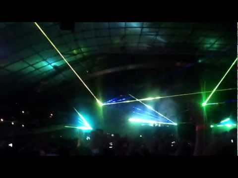 Swedish House Mafia - Calling + Epic + In My Mind - Melbourne 2013
