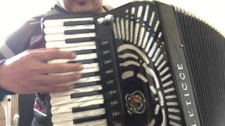 Video Aula Acordeon--Cadela Baia.