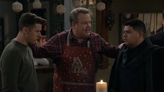 Cam Dispenses Some Farm Justice - Modern Family
