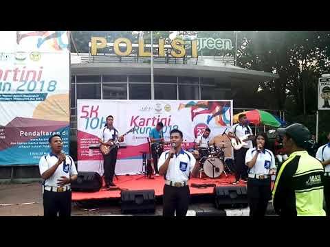 Polisi, Oleh Cakra Metro Band