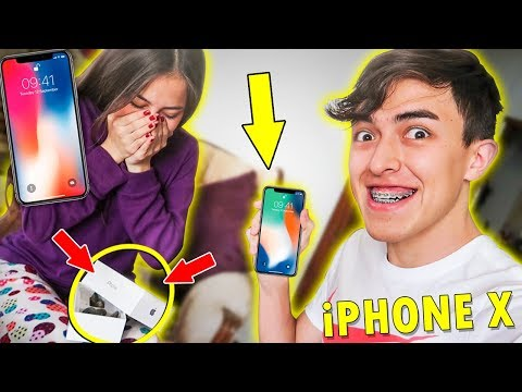 BROMA LE REGALO UN iPhone X A MI HERMANA