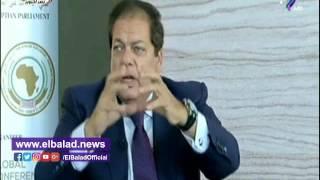 محمد أبو العينين: الاستثمار مفتاح أزمة الدولار والغلاء .. فيديو