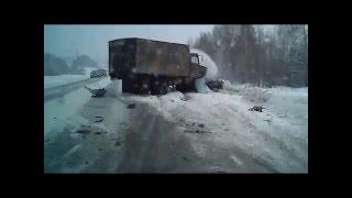 Жуткая авария! Нижний Тагил - Серов(Ужасные погодные условия, ураган, снег, гололед... Весна..., 2016-03-20T19:48:34.000Z)