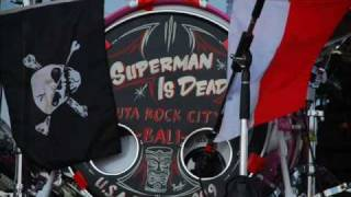 Watch Superman Is Dead Outsider video