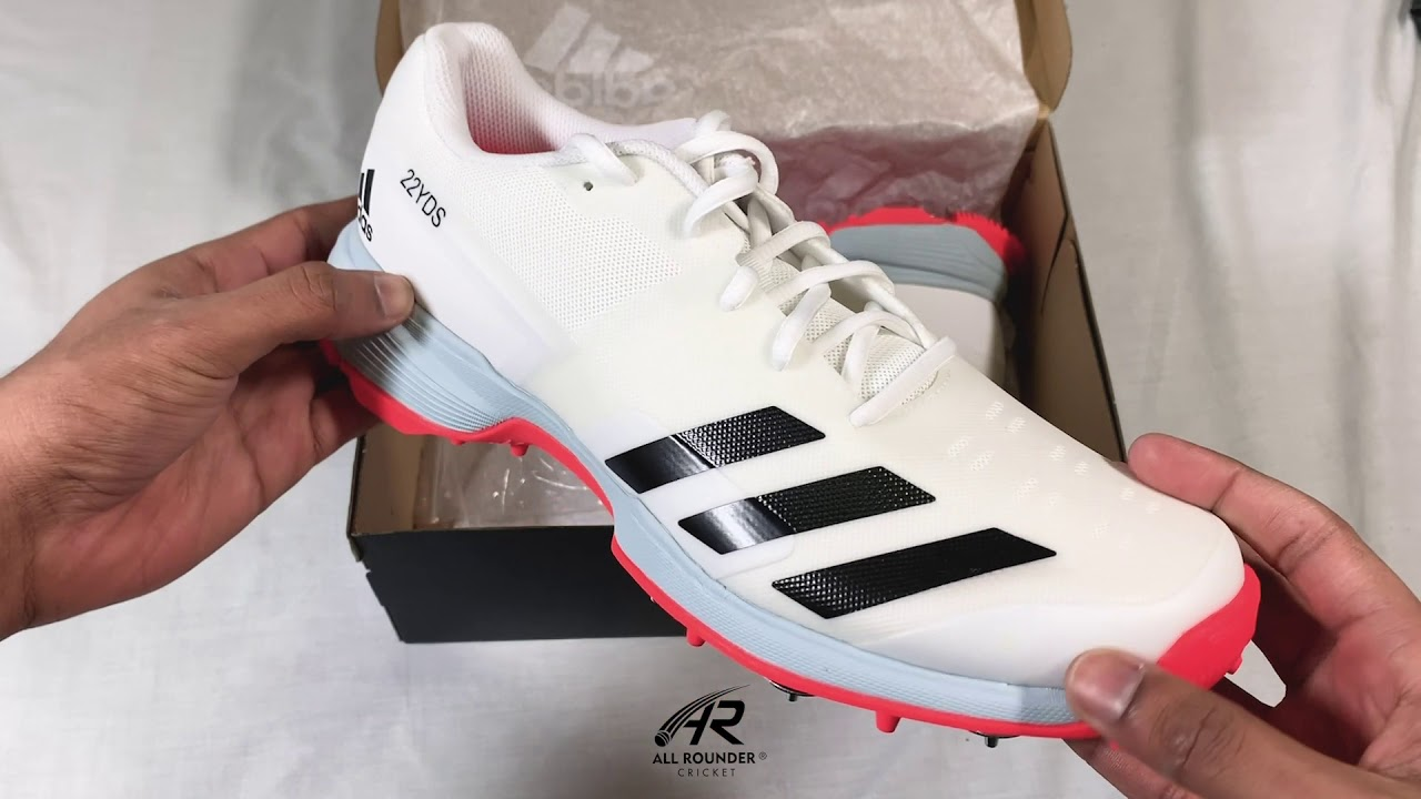 At A Glance Episode 34 - 2020 Adidas 22 Yards Full Spike II Cricket Shoes