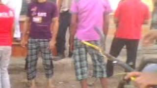 خناقه في شبرا الخيمه شارع احمد عرابي