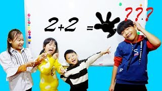 Hunter Kids Go To School Learn Colors Test Math ( 2 +2 = ? ) | Classroom Funny Nursery Rhymes