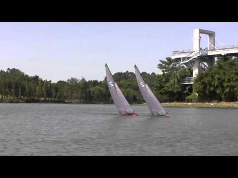 Joysway 8812 Focus V2 one meter RC sailboat video - YouTube