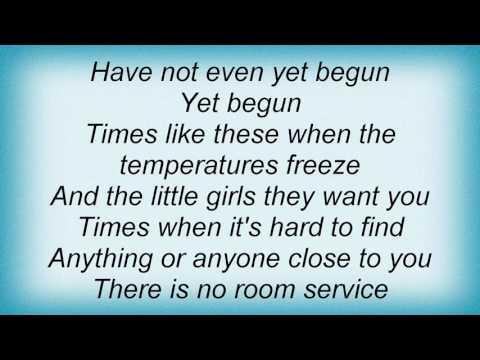 Admiral Freebee - Rags 'n' Run Lyrics