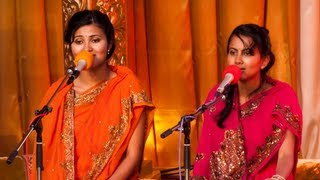 Vidya and vandana iyer singing ganesh vandana, 'gajananayutham ganeshwaram...' with sandip bhattacharya on tabla. - raga chakravakam the sisters touch t...