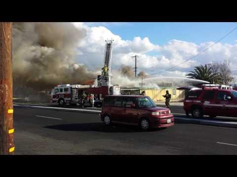 Fire Cedar & Slover in Bloomington CA. 1-11-17