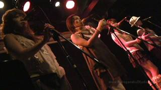 次回ライブは12月4日。Vocal&Performance Unit まめひも!ダンス振り付け...